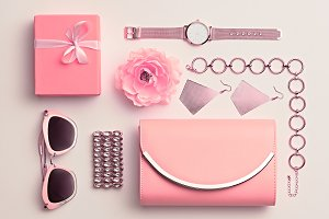 Fashion. Woman Pink Accessories Set.