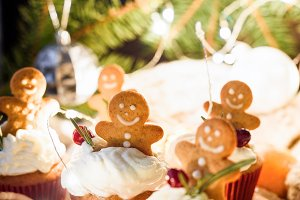 Gingerbread cupcakes and cookies