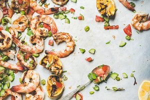 Grilled tiger prawns with lemon and mint salsa