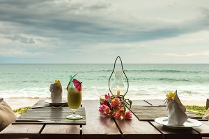 Risultati immagini per beach dinner 300x200