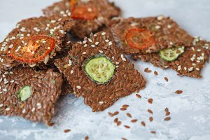 vegetable flax crispbread