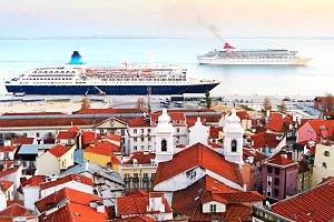 Luxury Cruise ships, Lisbon