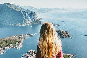 Traveling Woman on Reinebringen