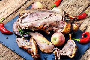 Roast duck with apples