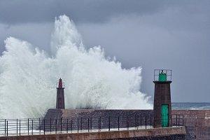 Stormy wave.