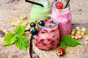 Healthy smoothies with fresh berry