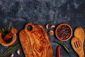 Cutting board and spice