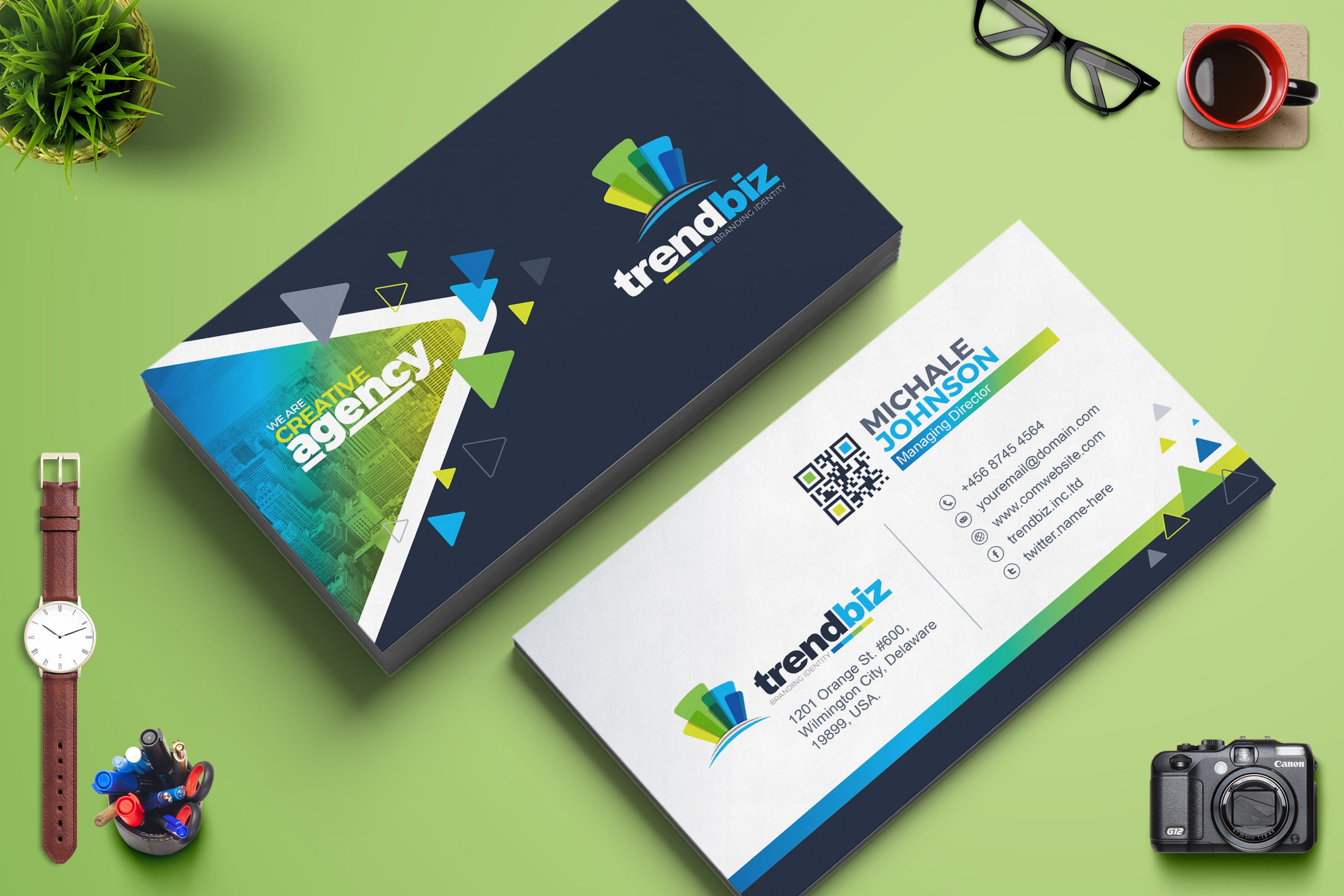 Modern business card template business card templates creative modern business card template business card templates creative market reheart Image collections