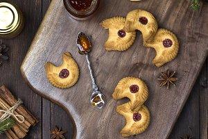 shortbread cookies with jam