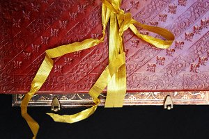 Bound notebook in leather and ribbon