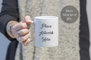 Mockup -Woman holding mug