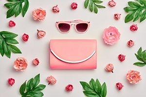 Fashion Woman Accessories Set. Pink