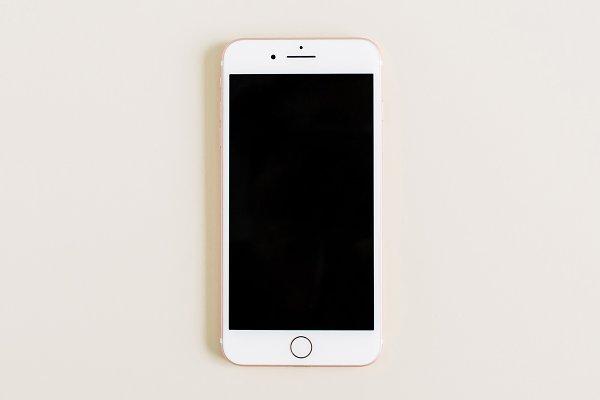 Blank screen iPhone 8 Plus