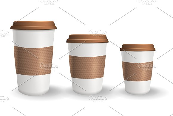 Set of realistic takeaway and to go paper coffee cups in different sizes. in Illustrations