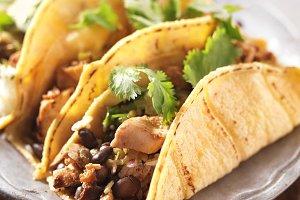 yellow corn tortilla chicken tacos