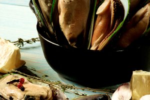 Boiled Green Mussels