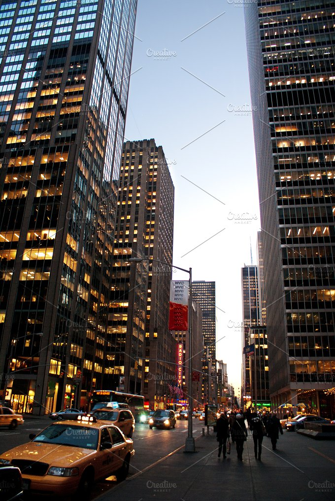 New York City streets.jpg - Holidays