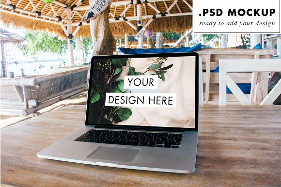 PSD - Working from beach bar