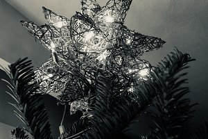 3D Christmas Star in black and white