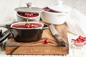 Liver pate with cranberries