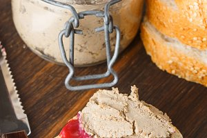 Liver pate with cranberry