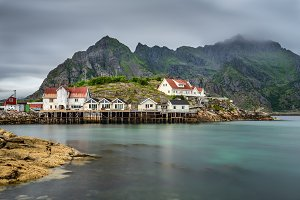 Henningsvaer, fishing village in the Lofoten archipelago, Norway