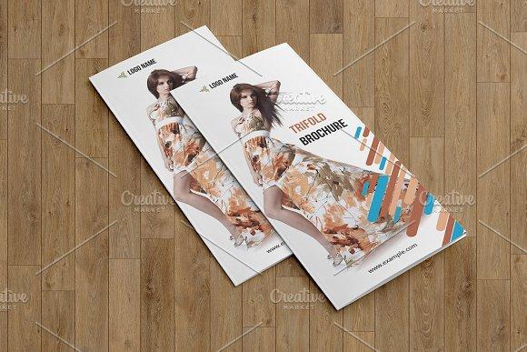 Trifold Fashion Brochure V773