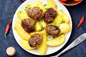 Meat cutlets and potatoes