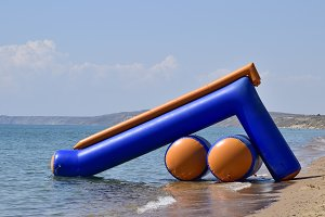 Inflatable slides to slide into the water