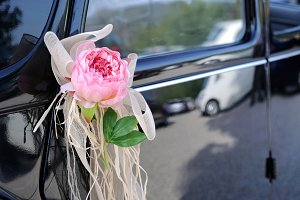 Wedding car with flower