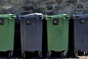 Organic garbage containers