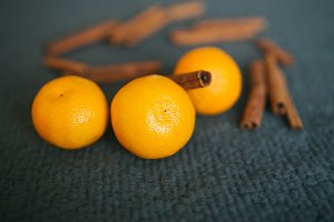Tangerines and cinnamon sticks