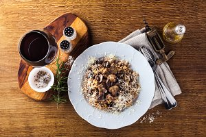 Italian risotto with mushrooms and P