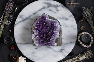 Druze of amethyst stone