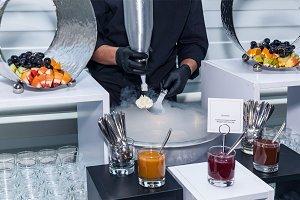 ice cream in liquid nitrogen