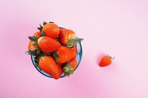 Strawberries pop art