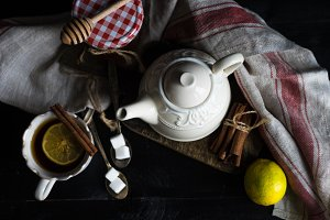 Tea with lemon and ginger