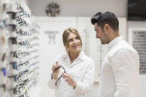 Eyeglasses business