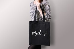 Black tote bag Mockup #5