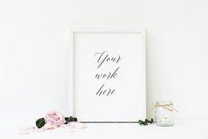 Floral frame mockup - wfr103