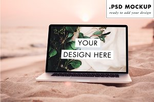 Macbook pro sand beach