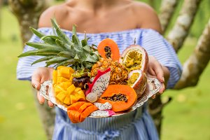 tray with exotic fruits