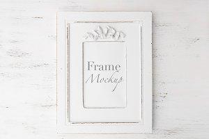 Minimal White Frame Mock-Up