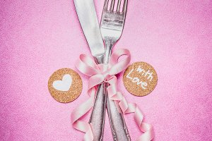 Pink romantic table place setting