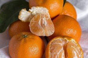 Fresh and healthy tangerines