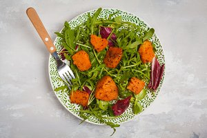 Salad of baked sweet potato