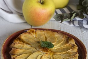 Delicious homemade apple pie