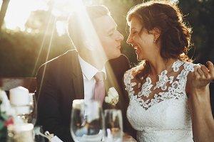 Sun shines over stunning couple