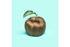 The women's hair in the form of an apple