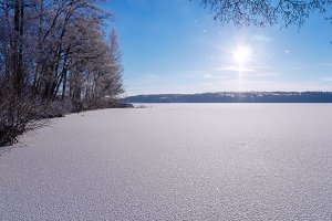 Sunny winter day over the lake.